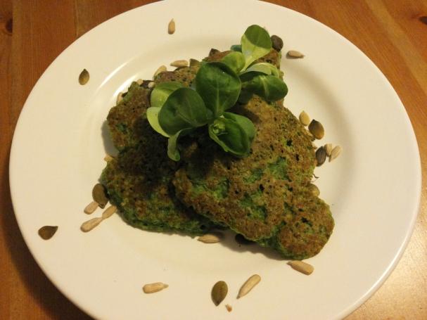 Quinoa spinazie hüttenkäse pannenkoek